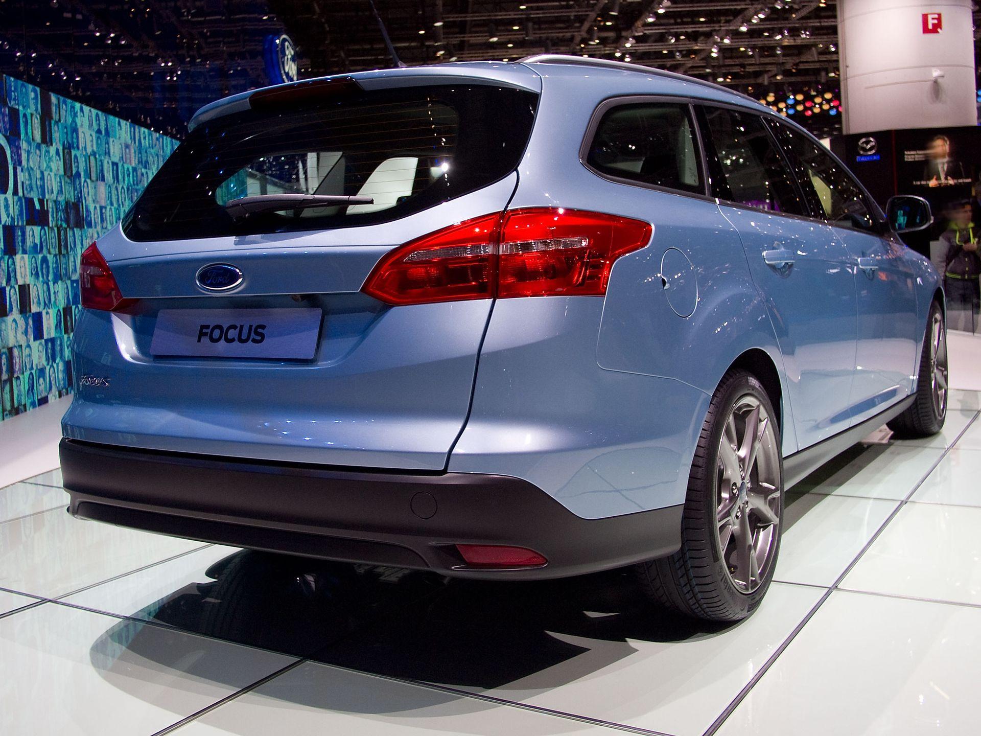 Ford Focus Turnier Neuwagen mit Rabatt günstig kaufen